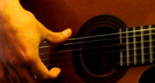 نت و تبلچر آهنگ waka waka از شکیرا برای گیتار