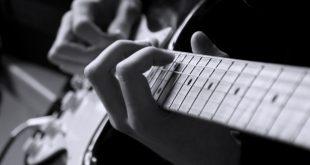 نت و تبلچر آهنگ مخلوق برای گیتار